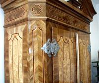 Detail skříně